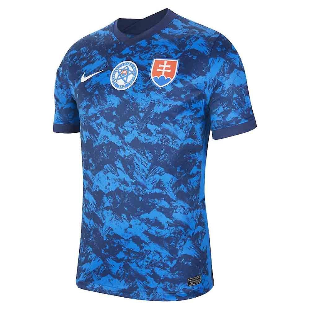 c9da1fd0c3459 Slovakia biely Authentic futbalový dres NIKE 2018/19 s menom a číslom.  Slovakia ...